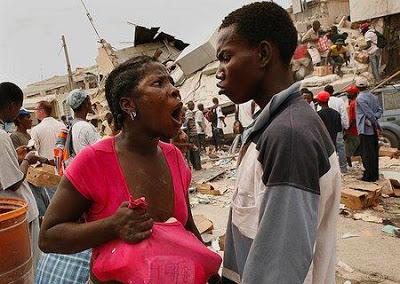 ◆略奪の都市となったハイチ。無法地帯に略奪者が闊歩する
