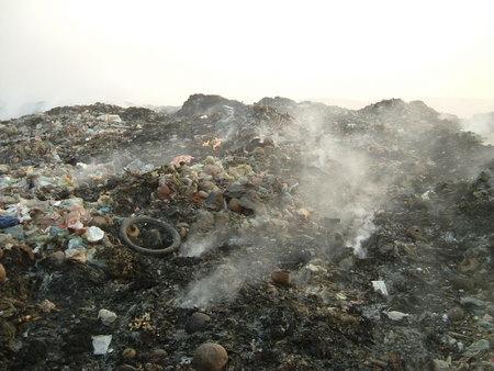 ◆スタンメンチャイ。プノンペン最大の「ゴミ集積場」で思う