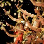 ◆アプサラを踊る娘。貧困地区に棲む天使(アプサラ)の笑み