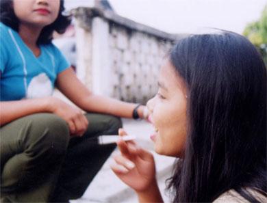 ◆ドッグ・イヤー。インドネシアの山奥に棄てられた女たち