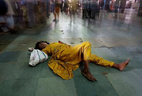 ◆人間以下(Sub-human)と呼び捨てられて、生きている人たち