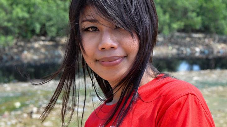 ◆イナとの時間。15歳で結婚、16歳で出産、そして売春地帯に堕ちた