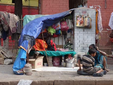 ◆経済成長しているのに、いっこうに貧困層が消えないインド