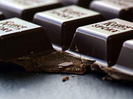 ◆「不満を感じると食べ物を与えられた子」が堕ちやすいワナ