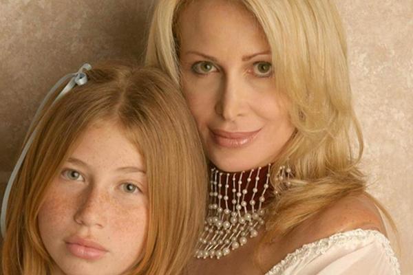 ◆整形手術で美しくなりたい女性が選択を間違った結果どうなったのか?