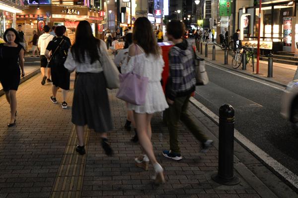 ◆歌舞伎町を歩く。ネットカフェの女と、売春に関わる外国人の女たち