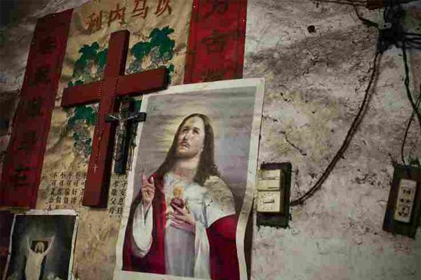 中国の裏側で起きている政府当局と地下キリスト教徒の暗闘の行方