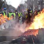 ◆フランスの反政府デモ。政治の閉塞は必ず最後には社会的暴力を生み出す