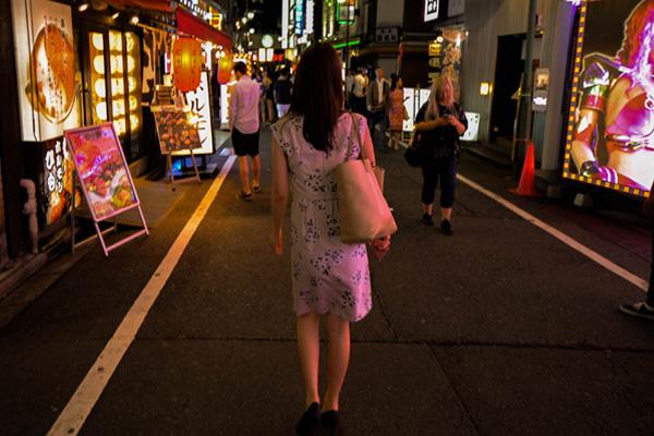 ◆30年暮らした正体不明の女。このような女性に、私は愛おしさを感じる