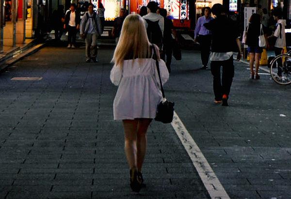 ◆「ヒモ」は、いったい何を語って女性のカネをすべて奪っていくのか?