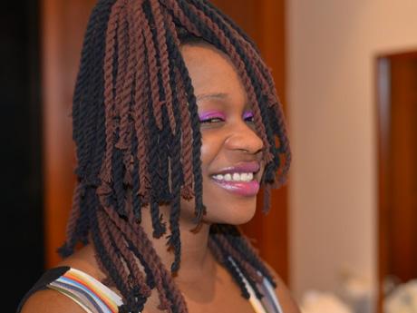 ◆シャキーラ。アフリカから来た陽気な酔っ払いの売春女性