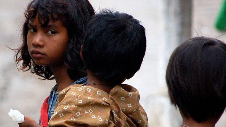 ◆あなたは貧困に苦しむ人たちを見ても助けることはない。傍観者か無関心のまま
