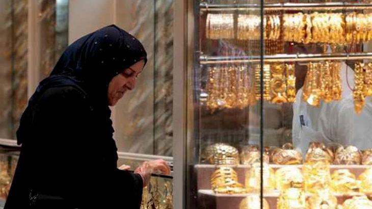 コロナで現代の資本主義社会が崩壊する不吉な予感を持つ人がゴールドを買う