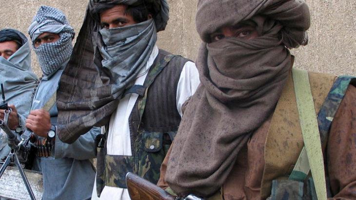 今年の冬、シュマグ(アフガンストール)を「ゲリラ巻き」する人が出現するか?