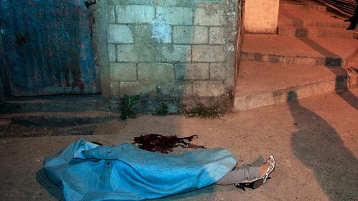 ◆裏に落ちた女たちは暴力組織と関わってしまうことによって人生が破滅していく