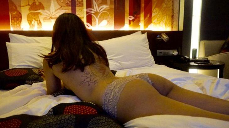 ◆男は金を払って嘘を聞く。嘘のつけない女は夜の世界で生きていけない理由