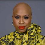 ◆脱毛症で髪の毛を失う女性と、抜毛症で髪を抜くのがやめられない女性がいる