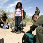 ◆レイプが蔓延する国境越えで密入国する女性の必須の薬とは