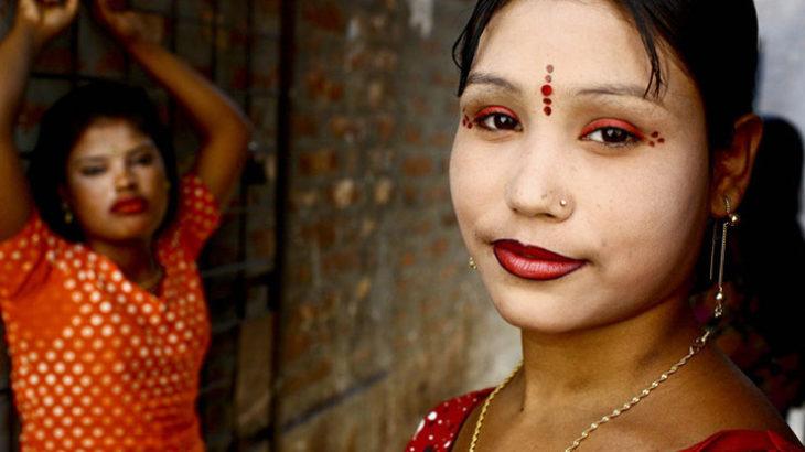 ◆バングラデシュの夜の女たちは美的感覚も独特で優しいので私は惹かれたのだ