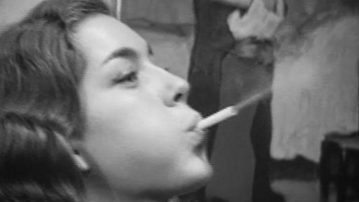 タバコを吸う女性が好きだと言うと袋叩きに遭うが、タバコを吸う女性に惹かれる