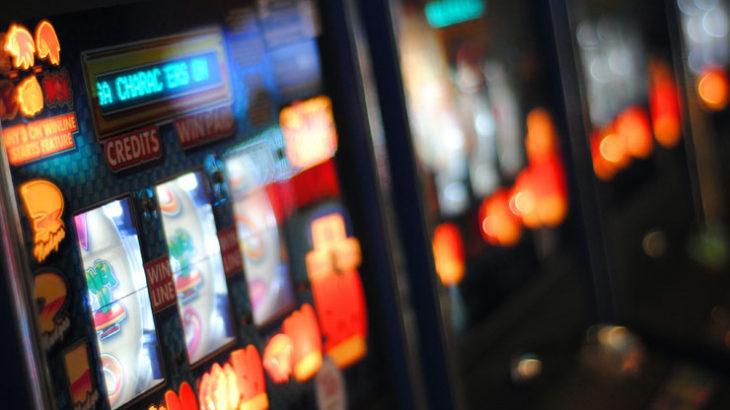 ある特定の企業は自分たちの儲けのために人々がギャンブル地獄に堕ちるのを望む